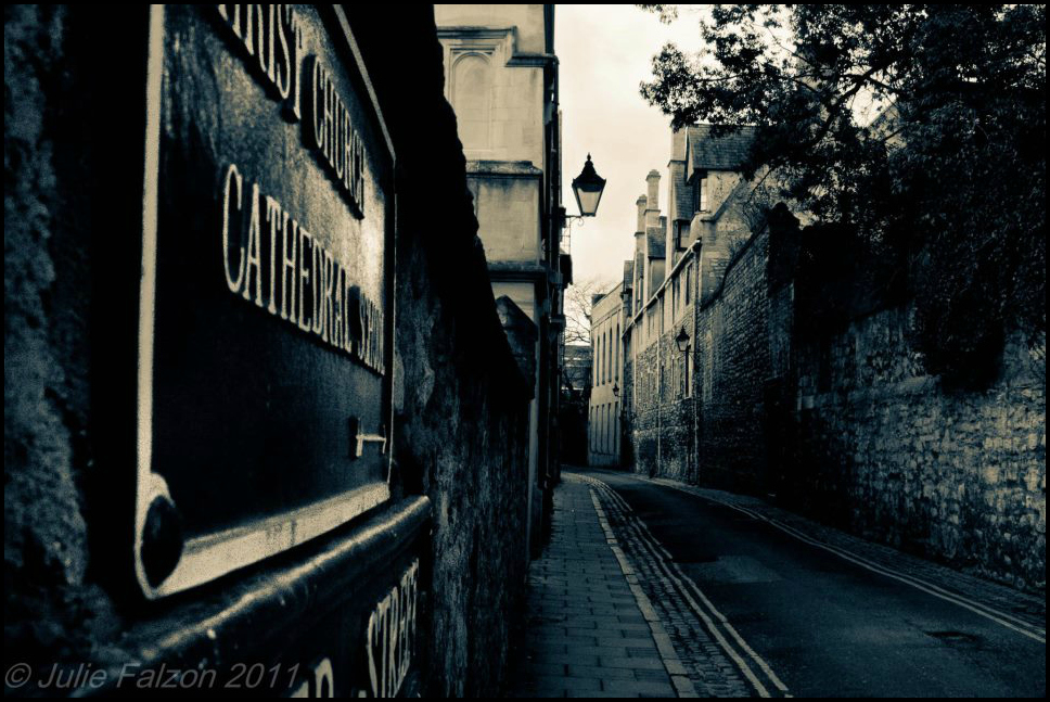 Oxford alleyway