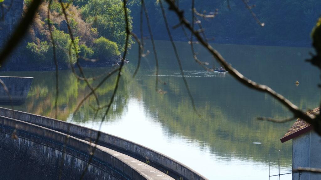 Le barrage d'Eguzon et le lac Chambon.
